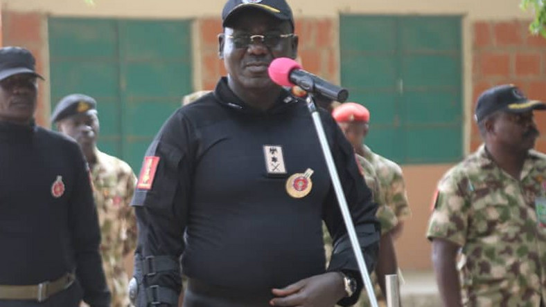 Buratai urges officers to adhere to human rights - Pulse Nigeria