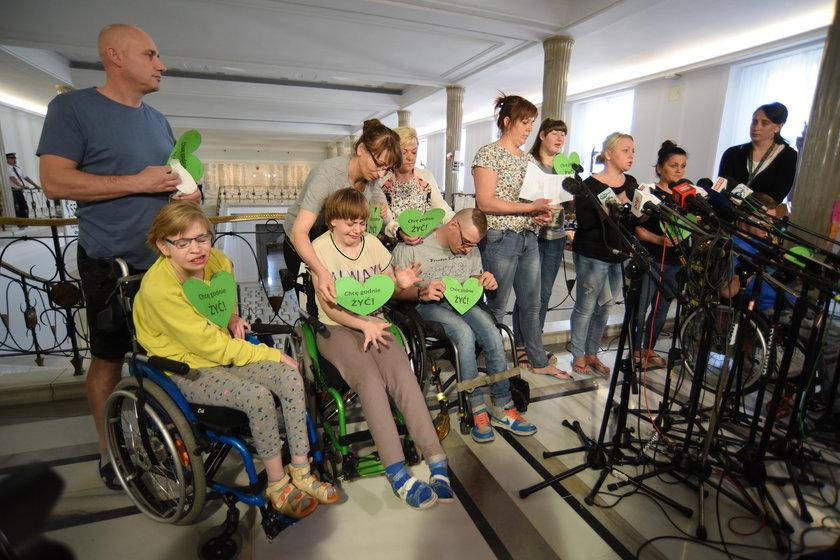 Borys Budka o proteście osób niepełnosprawnych w Sejmie