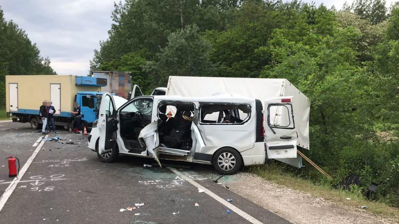 Brutális baleset a magyarországi 4-es főúton, hárman meghaltak