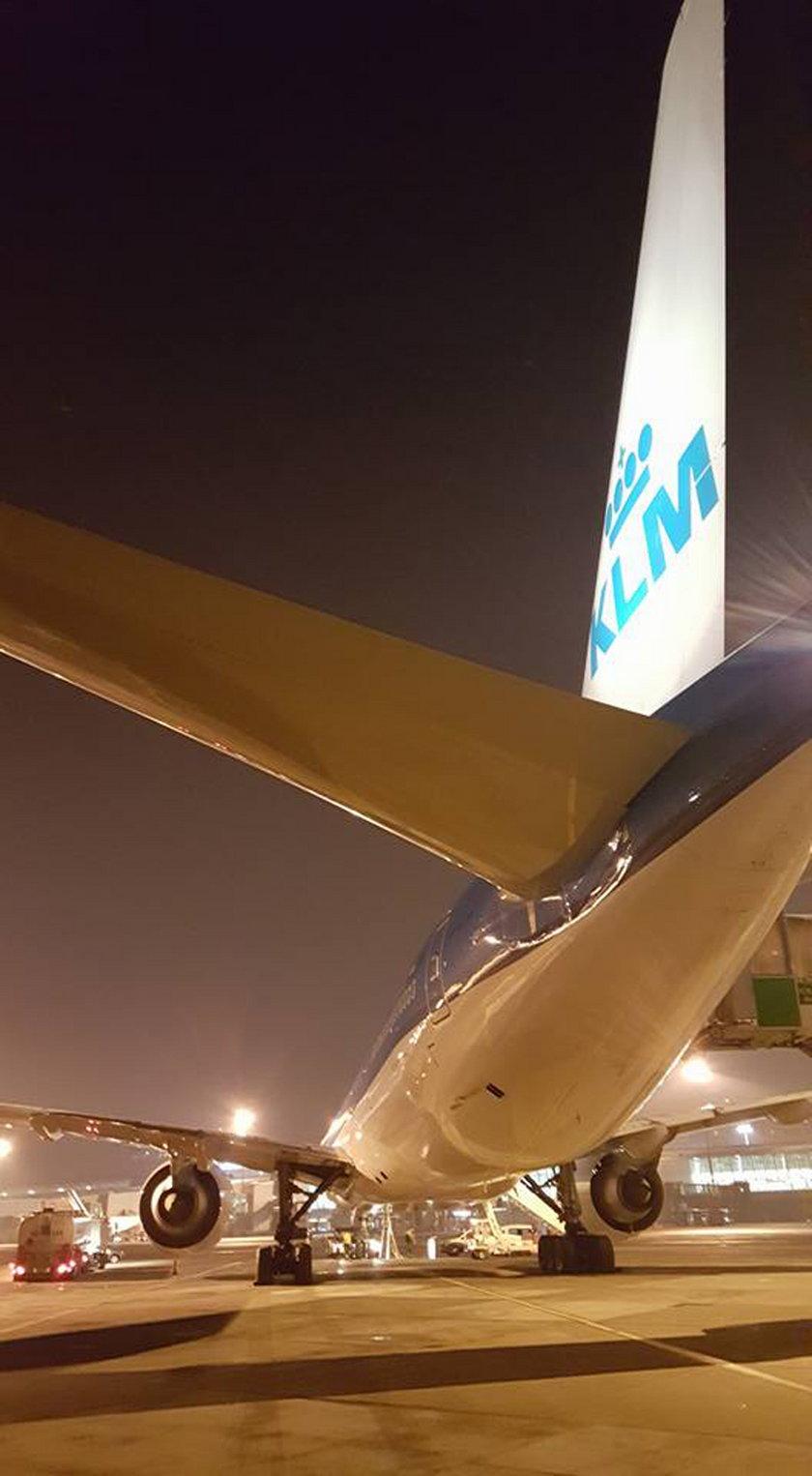 Awaryjne lądowanie samolotu na Okęciu