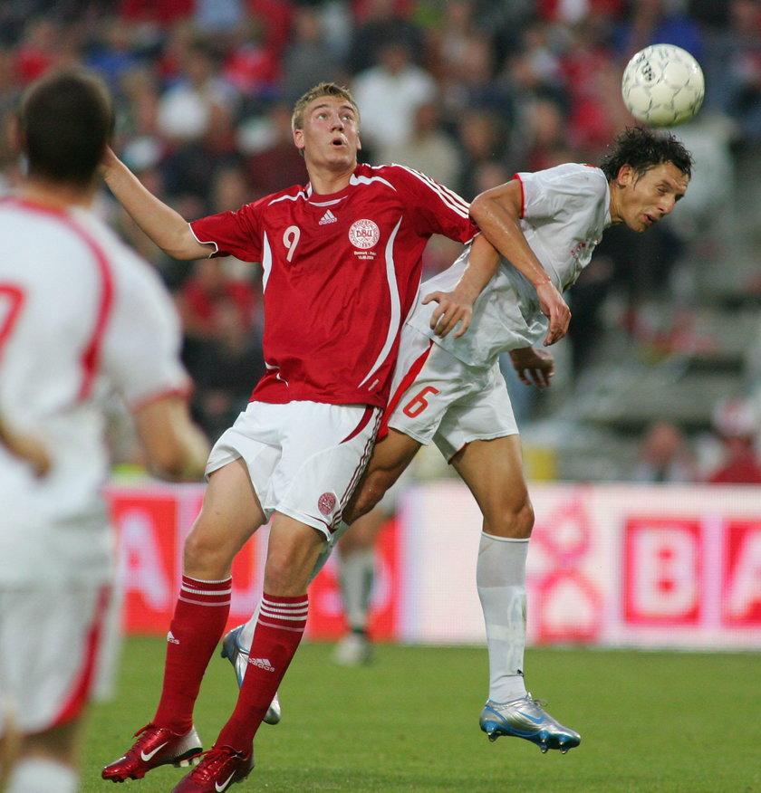 Na szczęście dla młodego wówczas piłkarza trener Morten Olsen (70 l.) nie dowiedział się o jego pijaństwie i wystawił go w meczu z Polską.