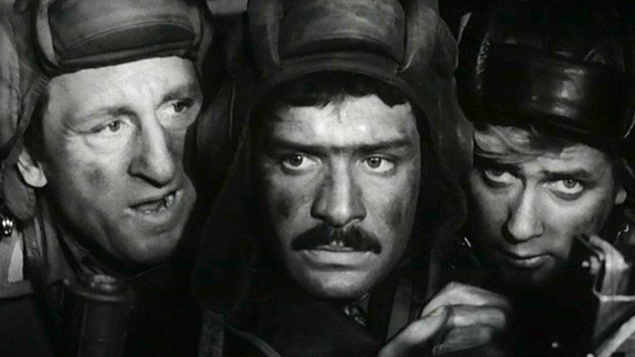 """""""Czterej pancerni i pies"""". Od lewej: Franciszek Pieczka, Włodzimierz Press, Janusz Gajos"""