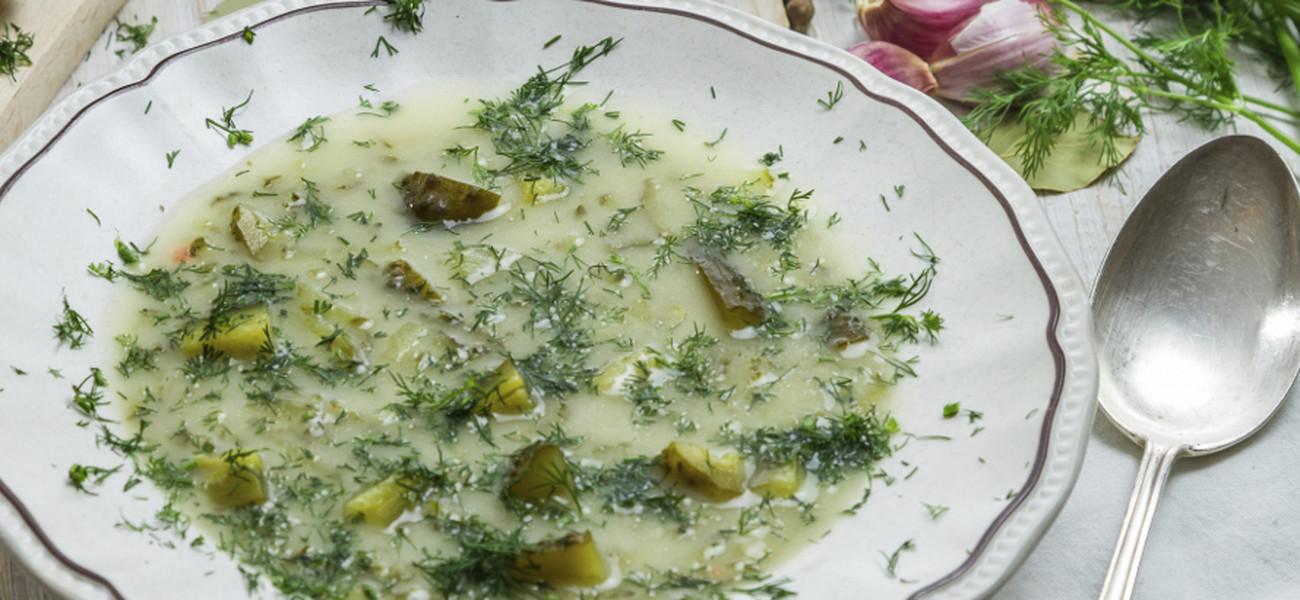 Zupa Ogorkowa Przepis Na Zupe Ogorkowa Na Zeberkach Z Ziemniakami