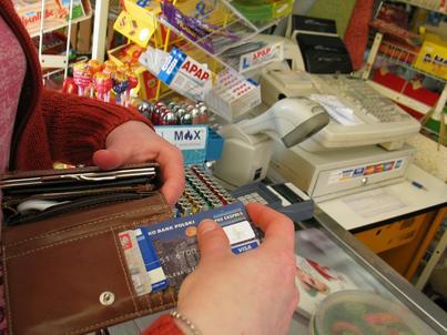 Obecnie w Polsce działa około 600 tys. terminali płatniczych