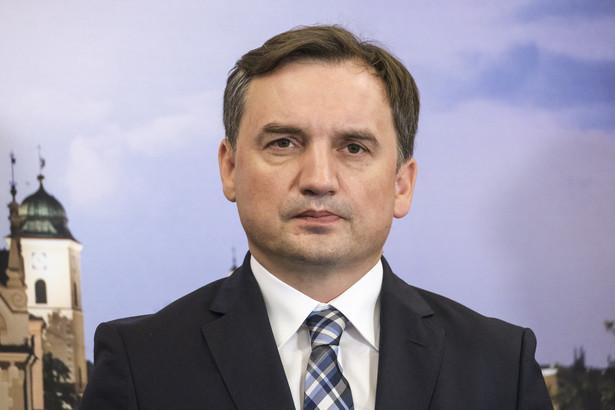 """Ziobro zapewnił jednocześnie, że Solidarna Polska """"nie rozbija"""" Zjednoczonej Prawicy"""