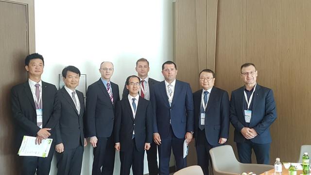 """Učesnici konferencije """"Međunarodna saradnja Srbija - Koreja, Ekološka delegacija i projekti prirodne sredine"""""""