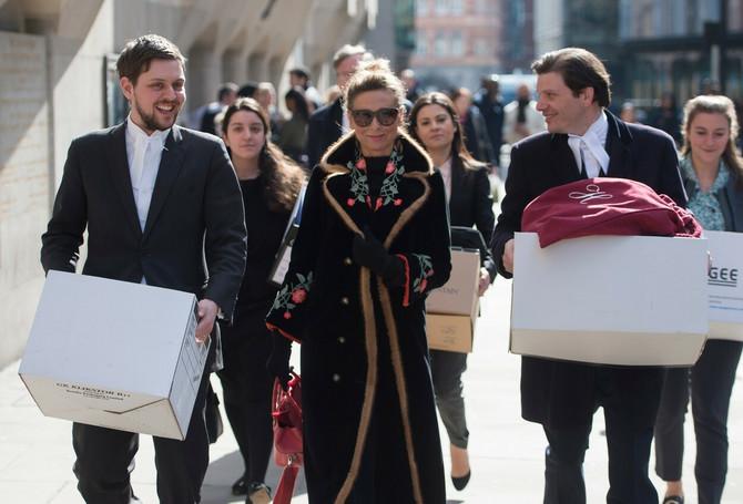 Tatjana Ahmedova nedavno ispred suda u Londonu
