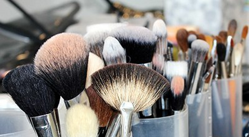 4 household products you can use to clean your makeup brushes