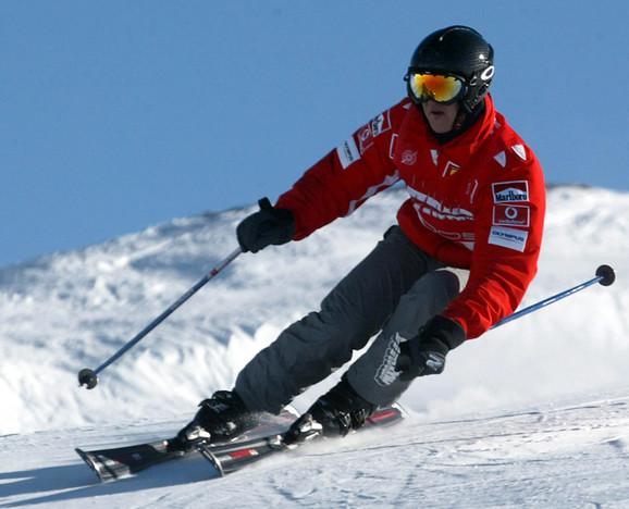 Mihael Šumaher na skijanju