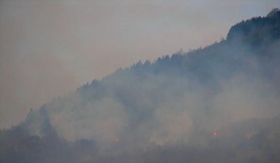 Požar iznad Vranja