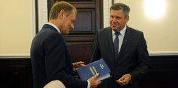 Oto prezent dla Tuska! Dostał na odchodne od swoich ministrów...