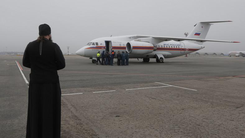 Samoloty przywożą do Rosji szczątki ofiar katastrofy airbusa