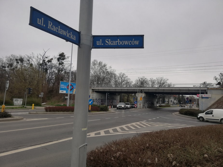Przebudowane zostaną m.in. okolice skrzyżowania Racławickiej i Skarbowców