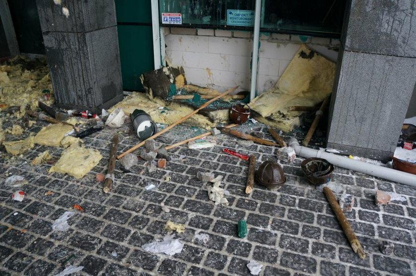Jastrzębie Zdrój. Interwencja policji w czasie manifestacji przed siedzibą spółki