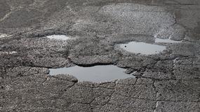 Fatalny stan ulic w Rzymie jest zagrożeniem dla kierowców