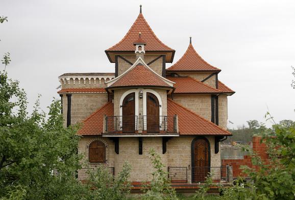 Jedan od luksuznih objekata na Savskom nasipu