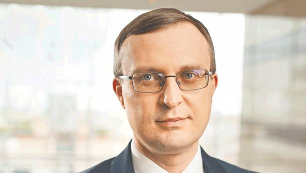Borys ocenił, że dzięki poprawie wydajności z ostatnich lat, nawet przy wzroście wynagrodzeń, jednostkowe koszty pracy w polskim przemyśle rosną wolniej niż w regionie.