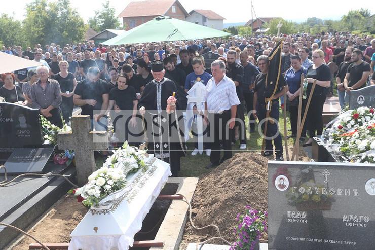sahrana-Milan-Golubovic-Foto-Goran-Surlan-RAS-Srbija-copy