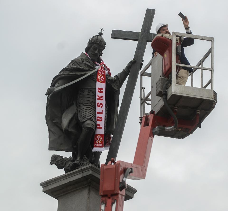 Warszawa: król Zygmunt III Waza wspiera naszych piłkarzy