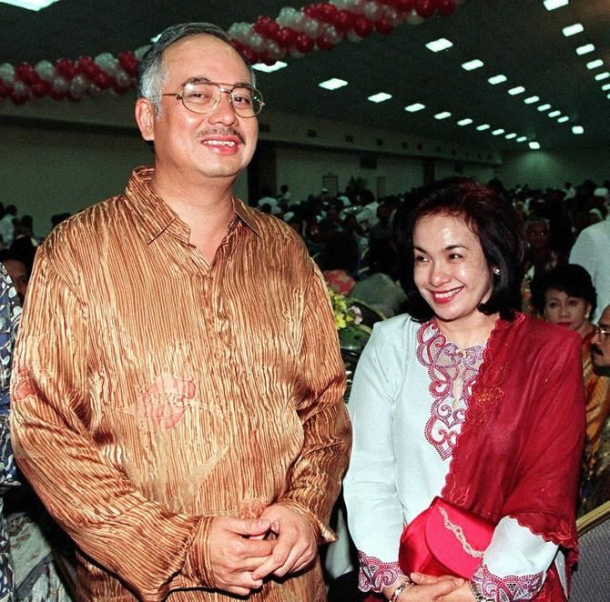 Rosma Mansor i Nadžib Razak 2000 godine
