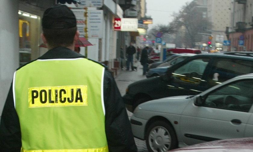 Policjant oskarżony o pobicie nastolatka zwolniony z pracy