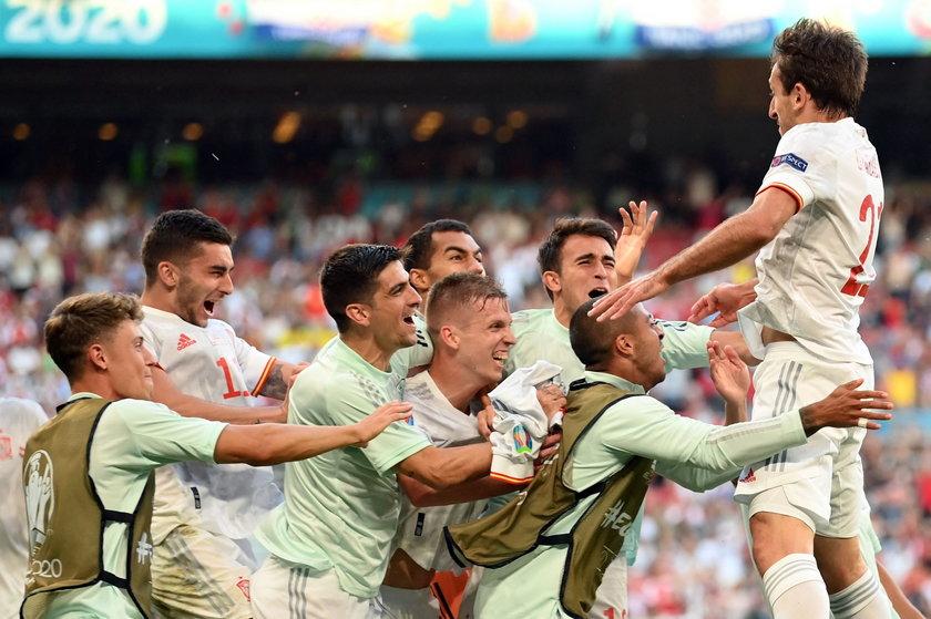 Przełamał się krytykowany Alvaro Morata (29 l.), dobrze spisują się skrzydłowi Ferran Torres (21 l.) i Pablo Sarabia (29 l.), którzy w obu ostatnich meczach trafiali do siatki.