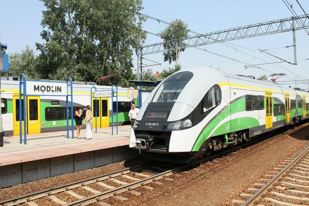 Koleje Mazowieckie na stacji Modlin.