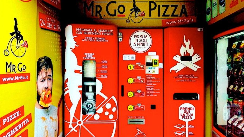 W Rzymie jest pierwszy automat sprzedający pizzę. Mieszkańcy w szoku