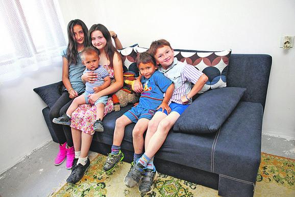 Porodica Simić iz Sopota dobila je kuću sa okućnicom podno Kosmaja