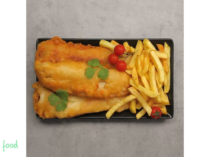 Riba sa pomfritom za FANTASTIČNE zalogaje: Spolja HRSKAVI, a iznutra MEKANI i SOČNI!