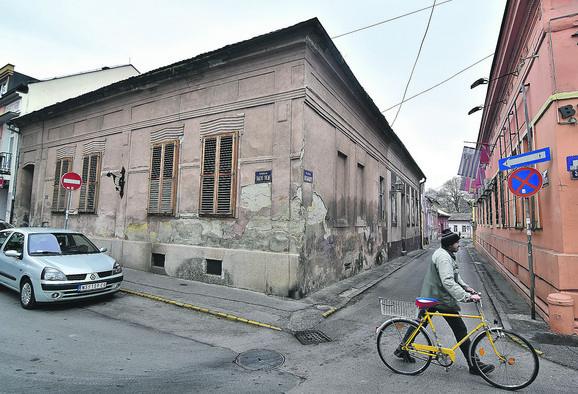 Kraj sačuvan od urbanističkog rugla