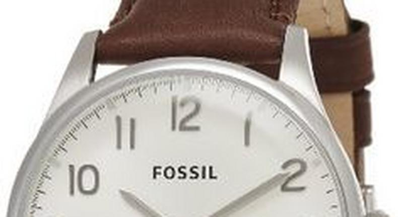 Leather wristwatches are handy gifts for men