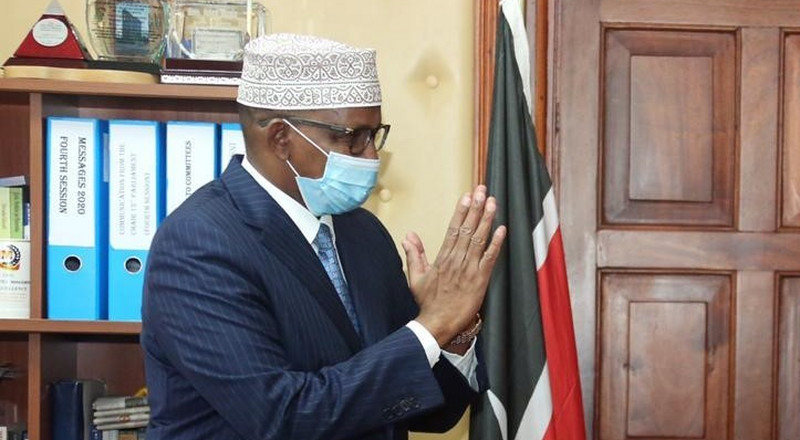 Uhuru condoles with Duale following the death of his mother