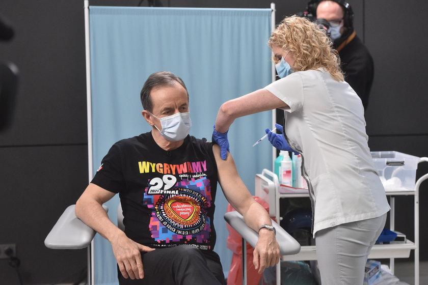 Tomasz Grodzki został zaszczepiony przeciwko COVID-19