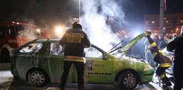 Bandyci spalili samochody TVN. Kim byli?