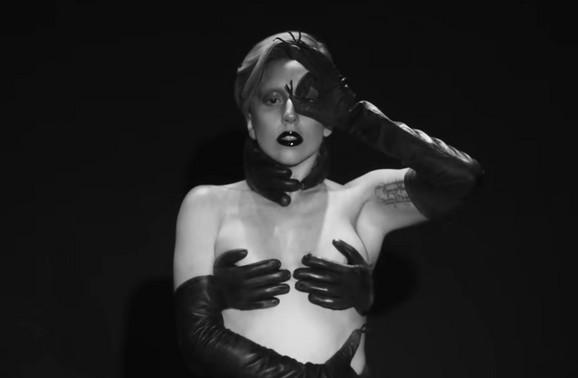 Lejdi Gaga u spotu za pesmu