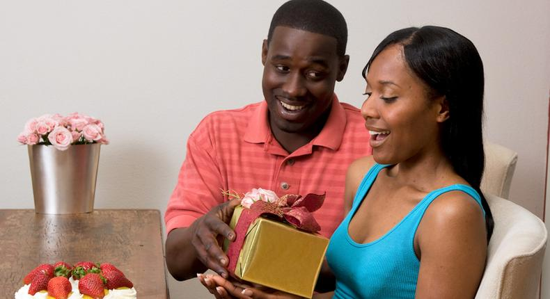 Gifts for your man (Black Cosmopolitan)