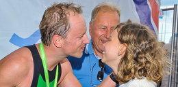 Nie tylko ukochana! Cała rodzina kibicowała Stuhrowi na triathlonie