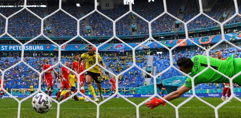 Katastrofalny błąd Polaka! Tak padł gol dla Szwedów