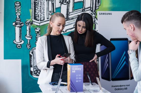 Samsung Galaxy A8 koštaće 61.990 dinara