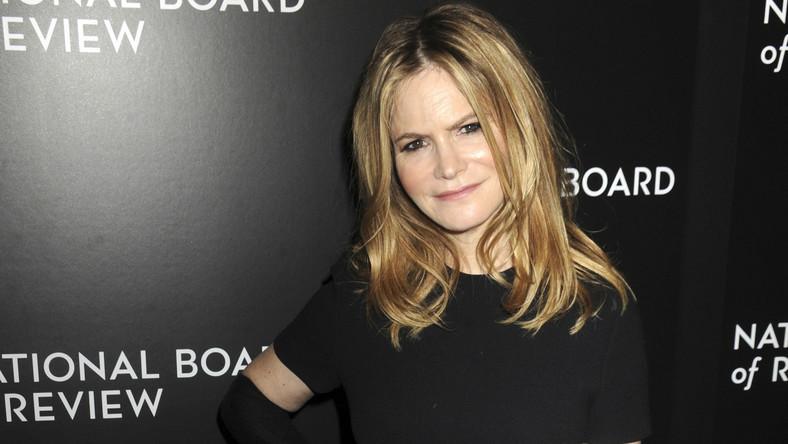 Jennifer Jason Leigh: Po ostatnich spotkaniach z Tarantino i Kaufmanem zaczynam znowu tęsknić za reżyserskim krzesłem