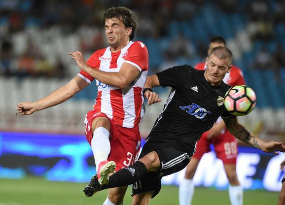 Ognjen Ožegović u duelu sa Filipom Stojkovićem