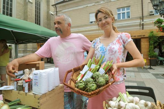 Tatjana i Zoltan Idei gaje 100 vrsta voća, povrća i začinskog bilja