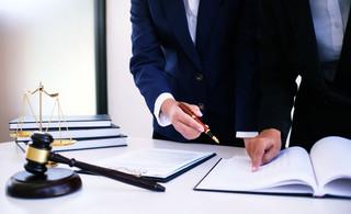 Wielka reforma systemu biegłych sądowych. Koniec z niezależnością ekspertów?