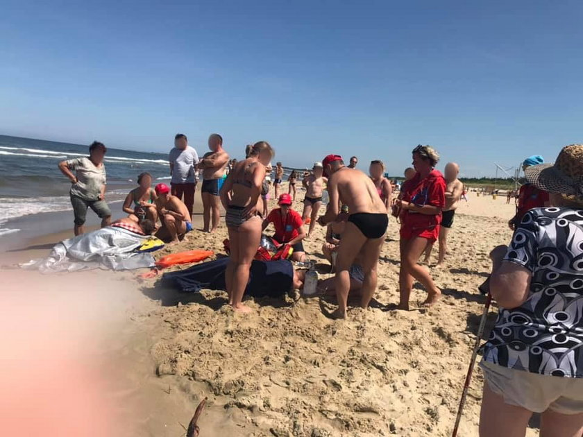 Akcja ratunkowa na plaży w Gdańsku Sobieszewie
