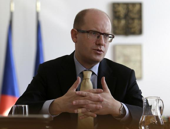 Bohuslav Sobotka Centralnoevropske zemlje smatraju da treba obezbediti spoljne granice Evropske unije, kao prvi korak u rešavanju problema koji je ove godine nastao zbog sve većeg broja izbeglica koje žele da uđu u Evropu.