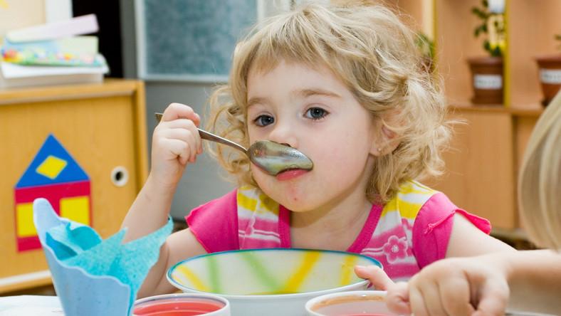 przedszkole dziecko posiłek