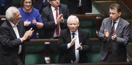 """Jarosław Kaczyński bohaterem muralu. """"Miłujcie się tak, jak Ja was umiłowałem"""""""