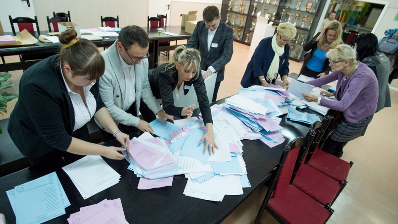 SLD chce powtórki wyborów do sejmików i powiatów