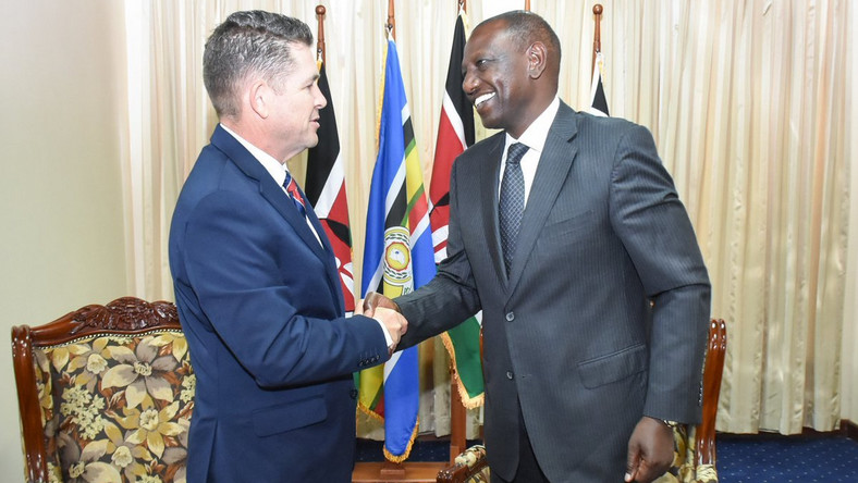 DP William Ruto with US Ambassador Kyle McCarter at the DP's Karen office (Twitter)